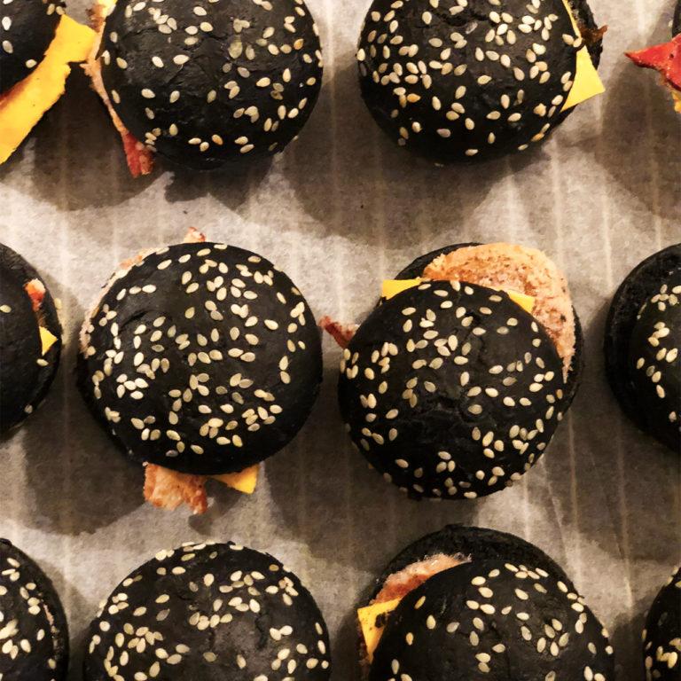 papilles_burger_noir_boeuf